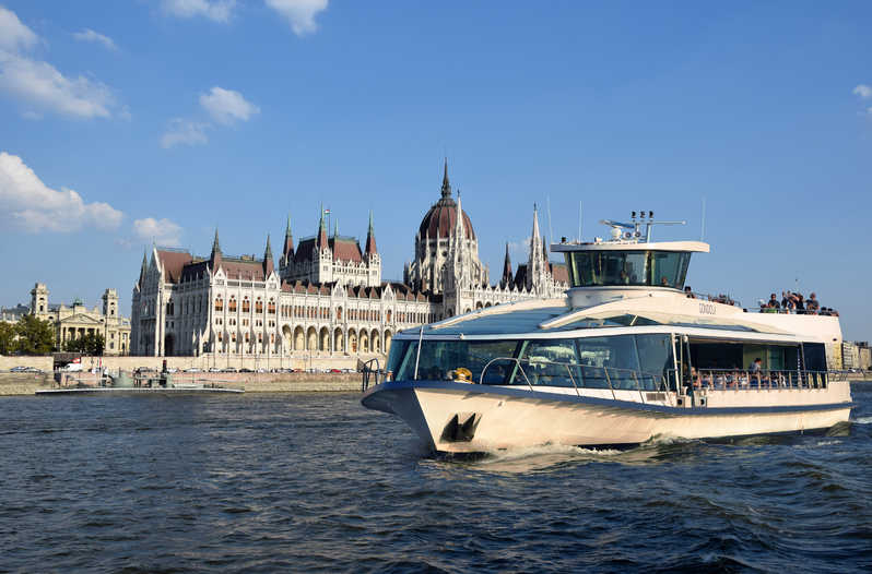 danube cruise budapest